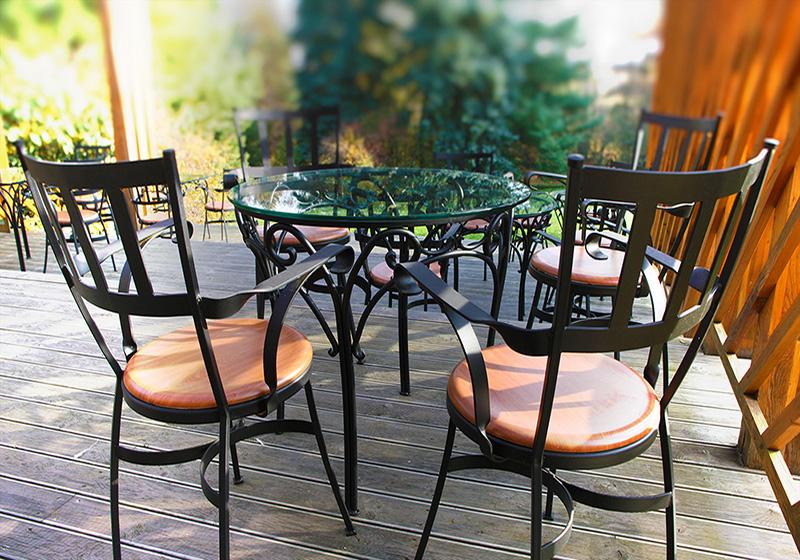 Kovaná stolička