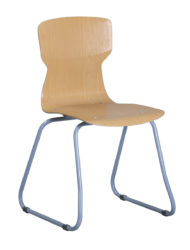 Soliwood stolička s lyžinovými nohami