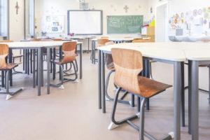 Školský nábytok