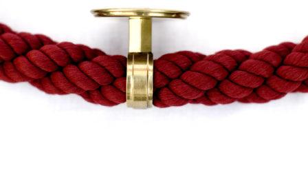 Nástenný držiak na lano