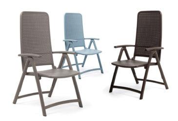 Plastová stolička