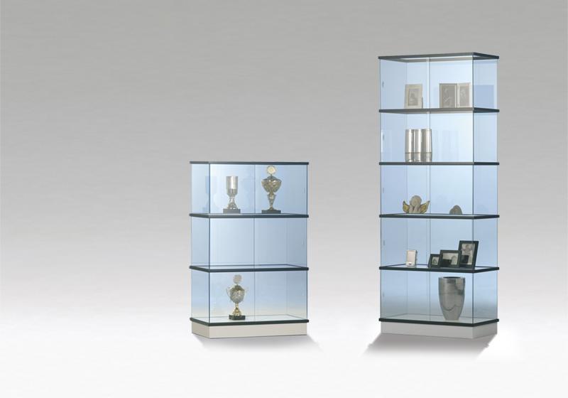 Sklené vitríny